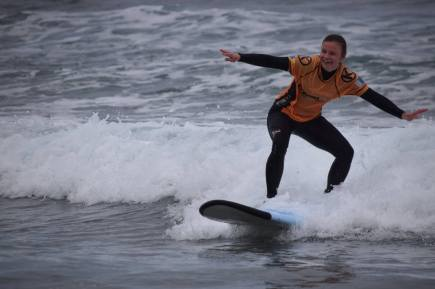 hehelen surfer